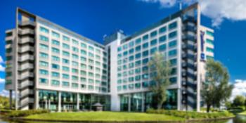 blu-radisson-schiphol-hotel-eft